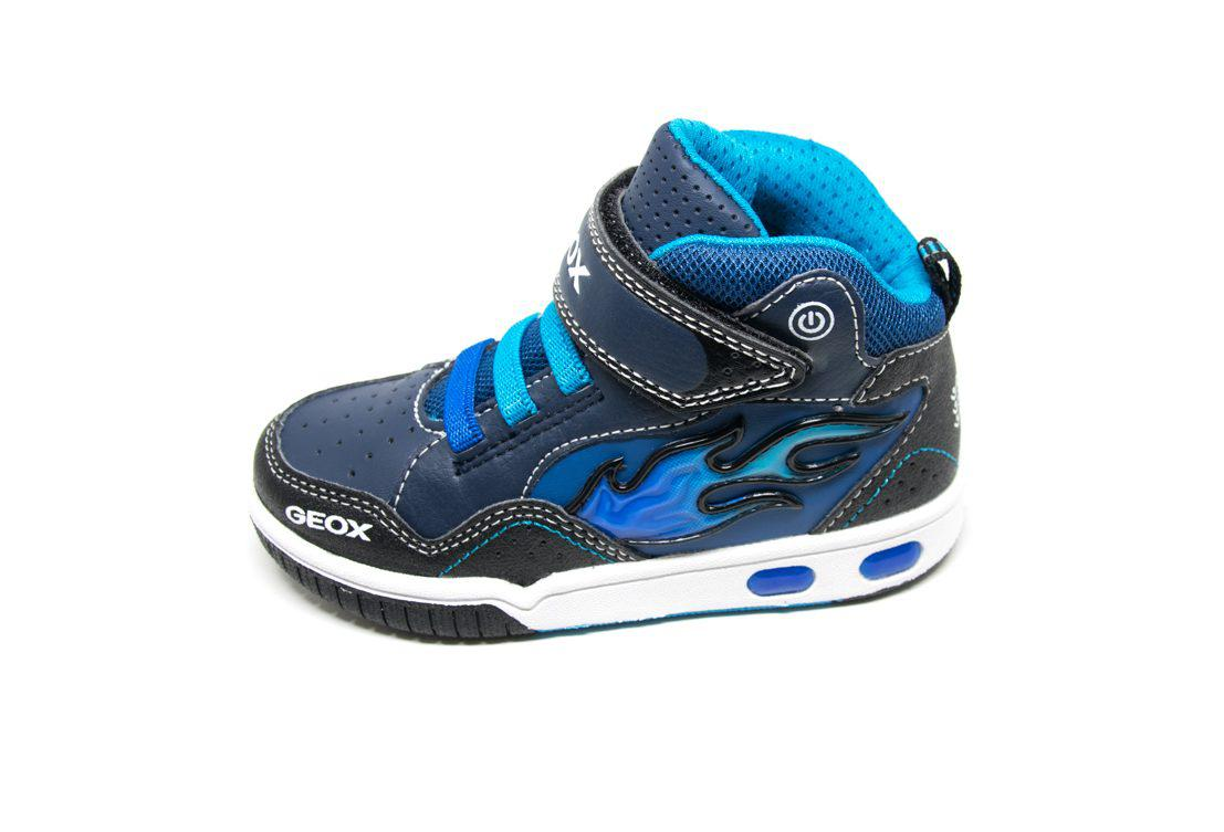 c264757fc39 Μποτάκι Geox J8447C μπλε (φωτάκια) | Patousaki Παιδικά Παπούτσια